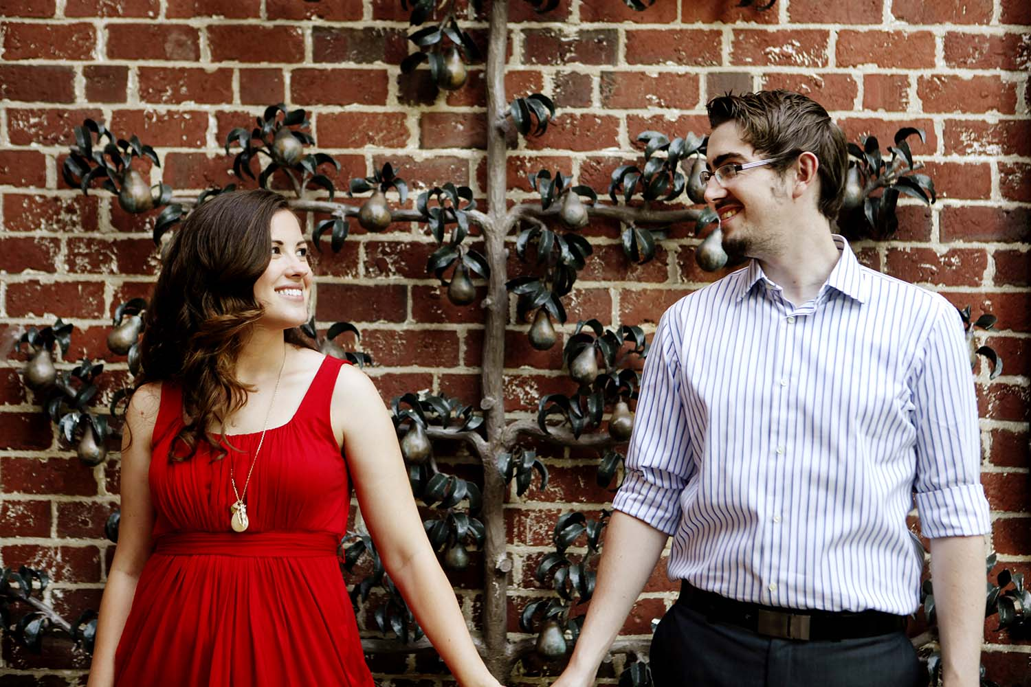 Cantigny engagement photography, Illinois, engaged, summer, day, photos, sculpture, brick, wall, edgy