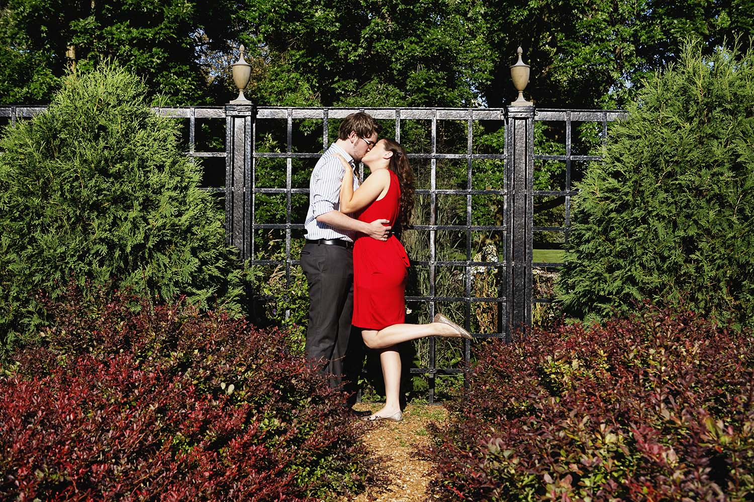 park, Engaged portraits, Cantigny, garden, nature, Twin Cities, photographers, photography, outdoors, summer, Illinois
