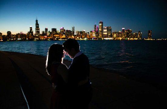 Chicago Night Portrait Photo Skyline Minnesota Engagement Photographers MN Minnesota Twin Cities backlit
