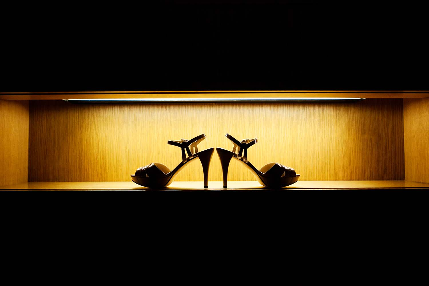 Wedding Shoes, Detail, Silhouette, Twin Cities Wedding Photographers, Minneapolis, Minnesota, MN, Midwest, studio, photography
