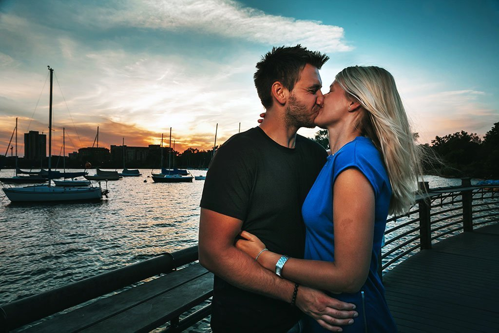 Bde Maka Ska Lake Calhoun Minneapolis Engagement Photographers Marketa & David