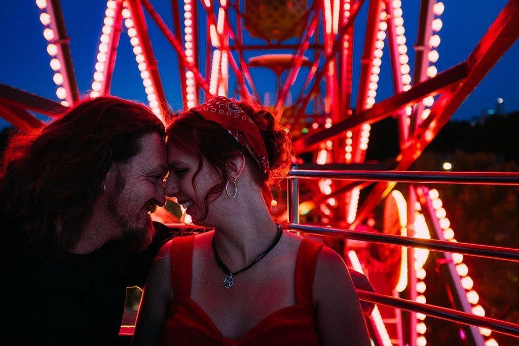Betty Dangers Country Club Ferris Wheel Night Minneapolis Engagement Photographers, lights, downtown, evening, love, Twin Cities, Minnesota, Saint Paul, Wedding Photographers