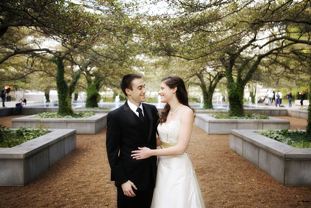 Chicago Art Institute Gardens Wedding Photography, Minneapolis Wedding Photographer