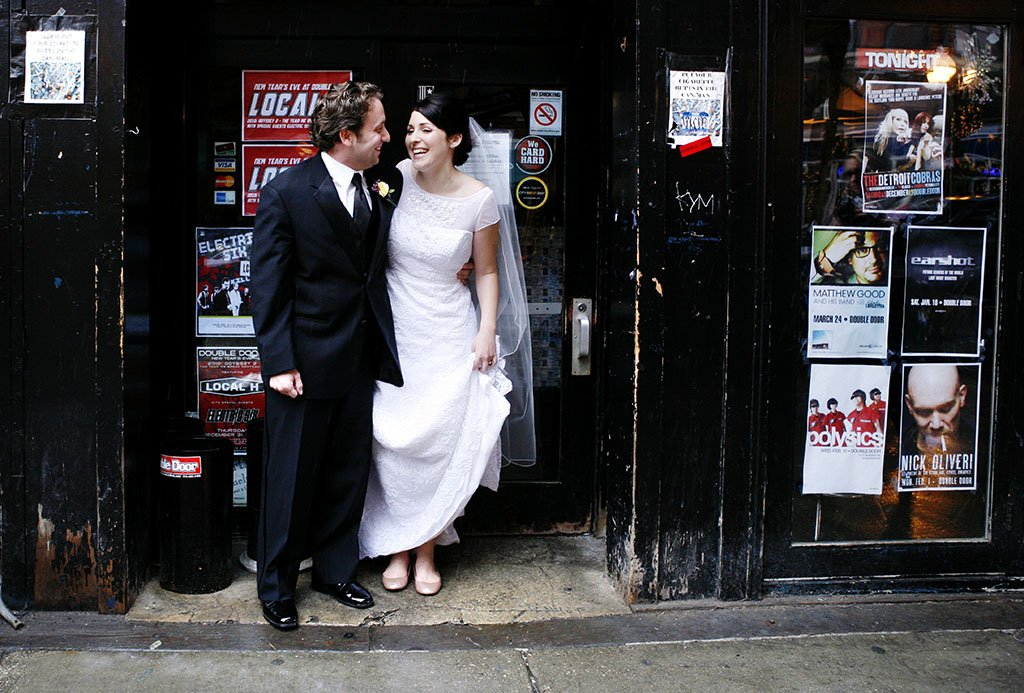 Double Door Chicago Bride Groom Candid