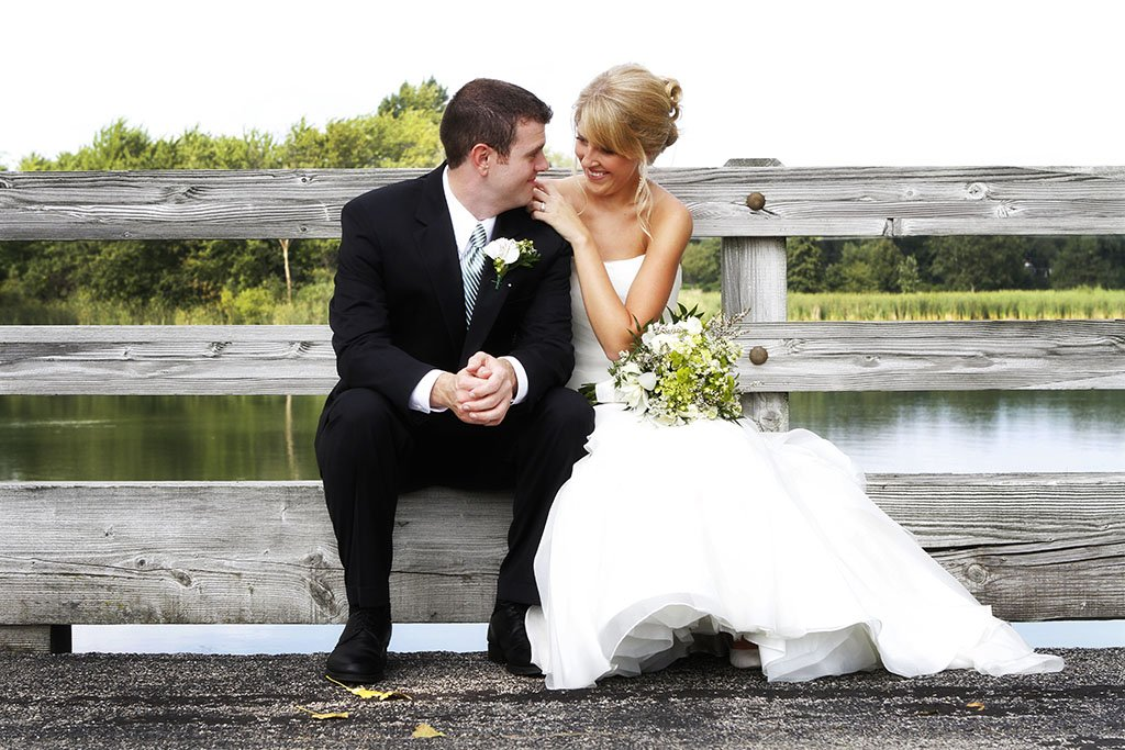 Kemper Lakes Country Club Bride Groom Wedding Portrait, Zack & Stacey Married