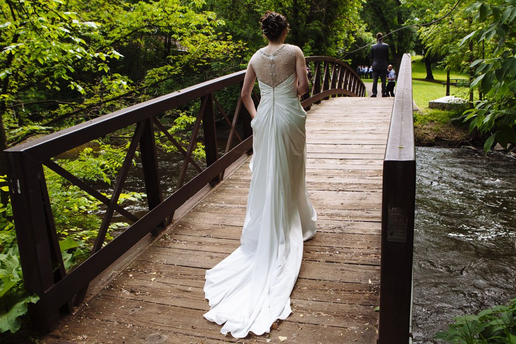Manomin Park First Look, Minnesota Wedding Photographer