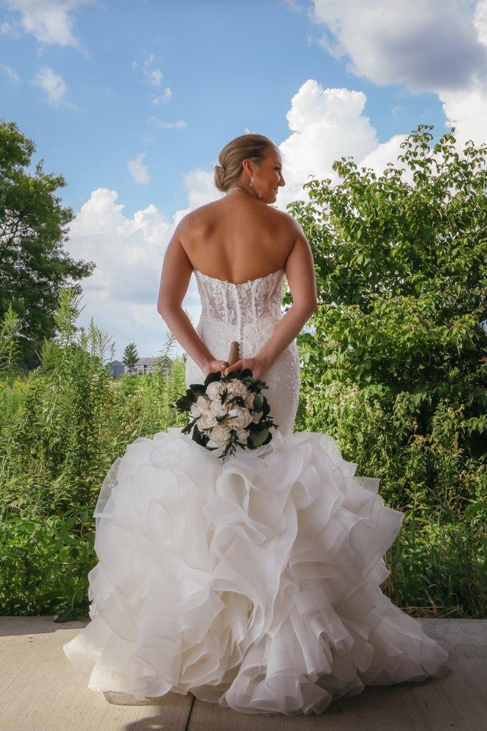 Bride with wedding bouquet portrait, Minneapolis Wedding Photographer