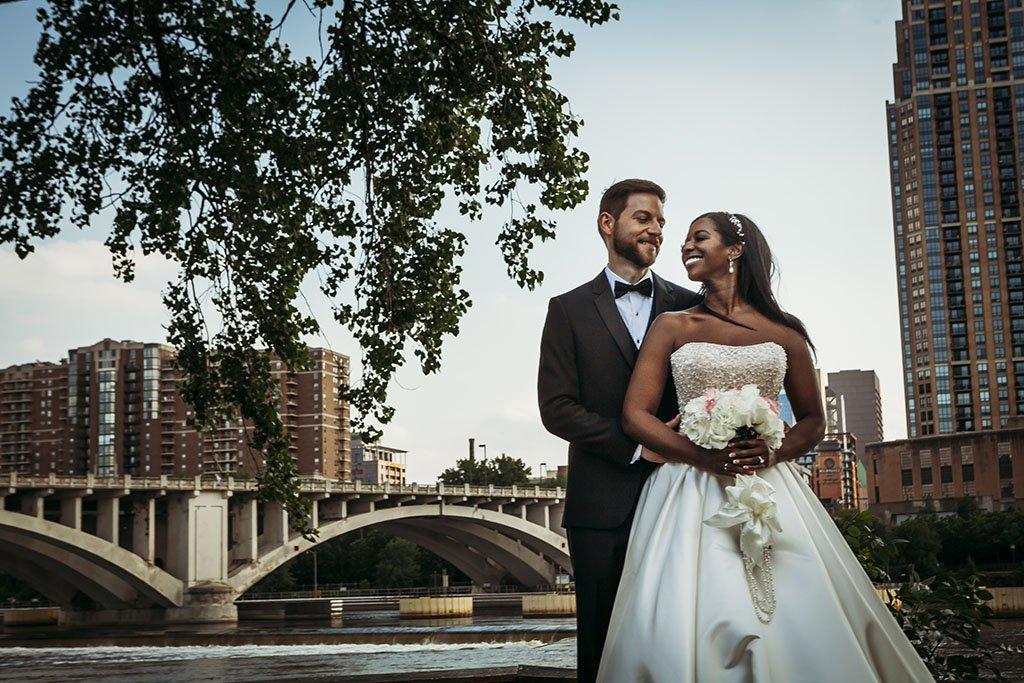 Mississippi River Minneapolis Wedding Photographers