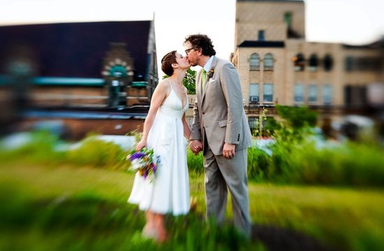 Nature Chicago Wedding Photographers, bride groom kissing in a field