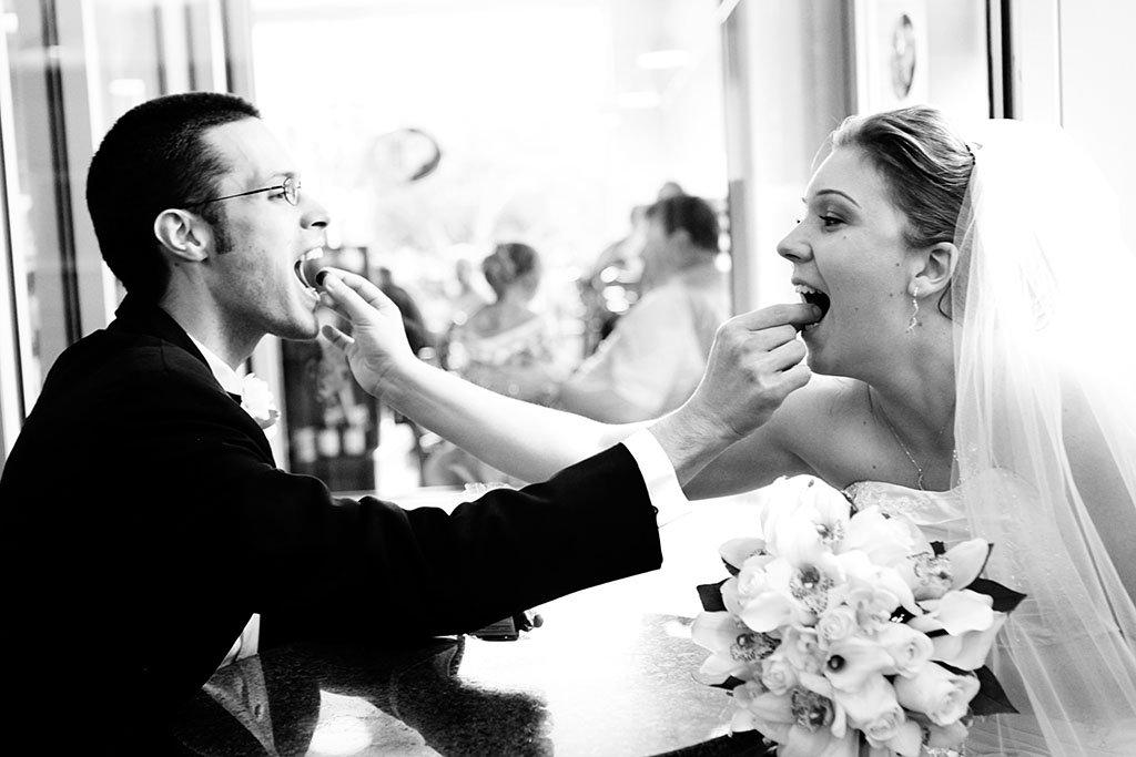 Peet's Coffee Bride Groom Wedding Photography, Chocolate covered blueberries, Minnesota Wedding Photographer, MN, Erin & Joe Married