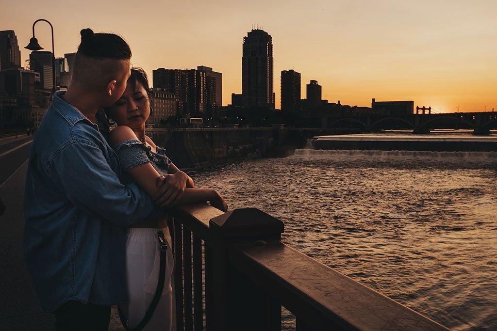 Skyline Stone Arch Bridge Minneapolis Engagement Photographers, couple, Mississippi River, Wedding Photographer, skyline