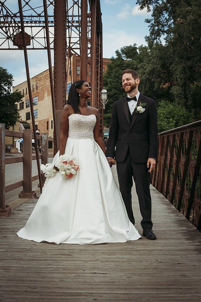 St Anthony Main Minneapolis Wedding Photographers
