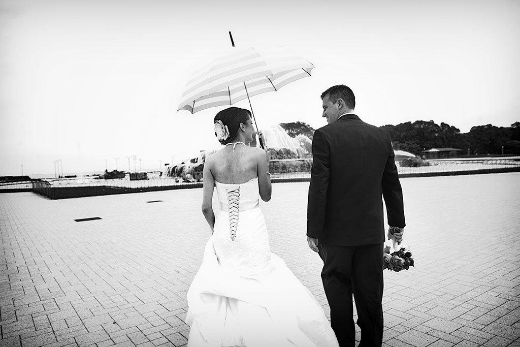 Umbrella Buckingham Fountain Wedding Photography, black and white wedding photography, Beth & Anthony