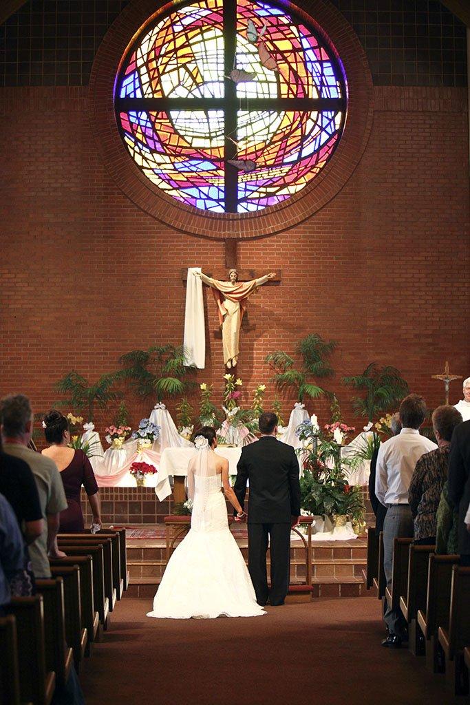 Wedding Ceremony St Rene Church, Midwest Wedding Photographer